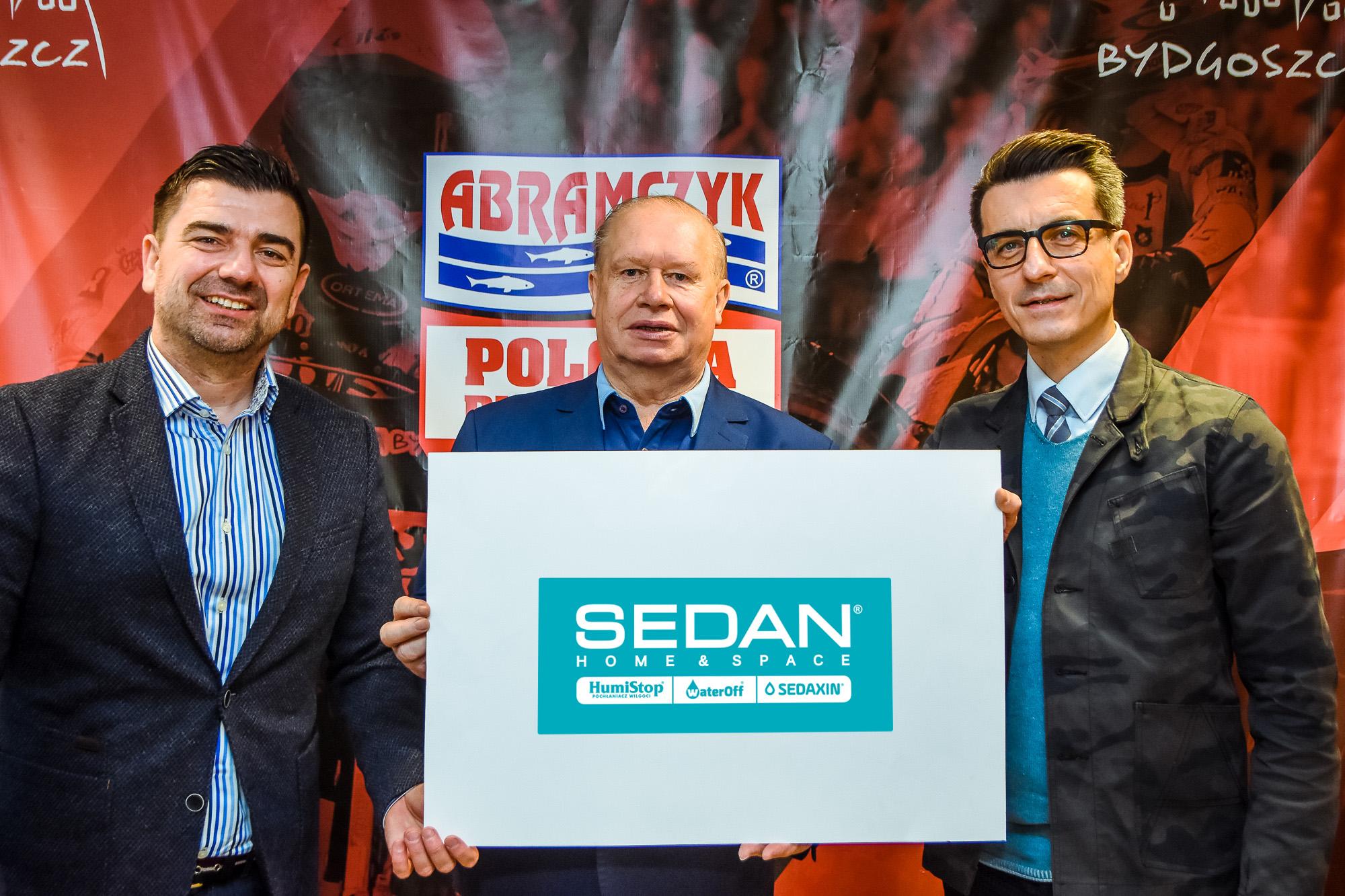 SEDAN-9515